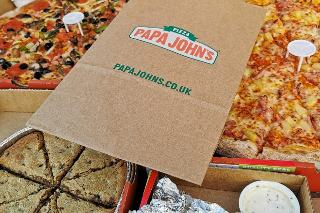 Papa John's pizza BOGOF via Stevie app!